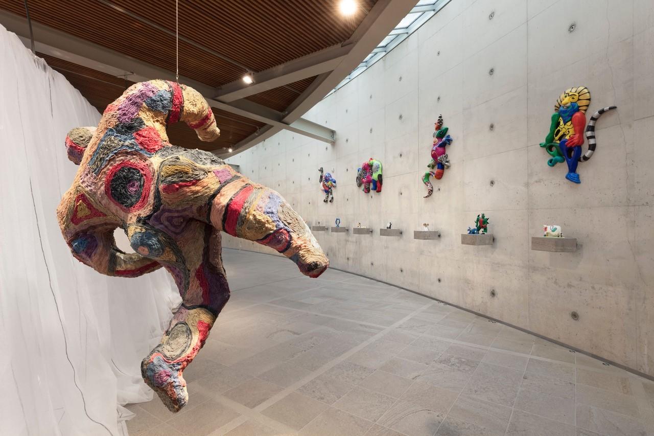 Foto Beelden aan Zee, expositie Niki de Saint Phalle