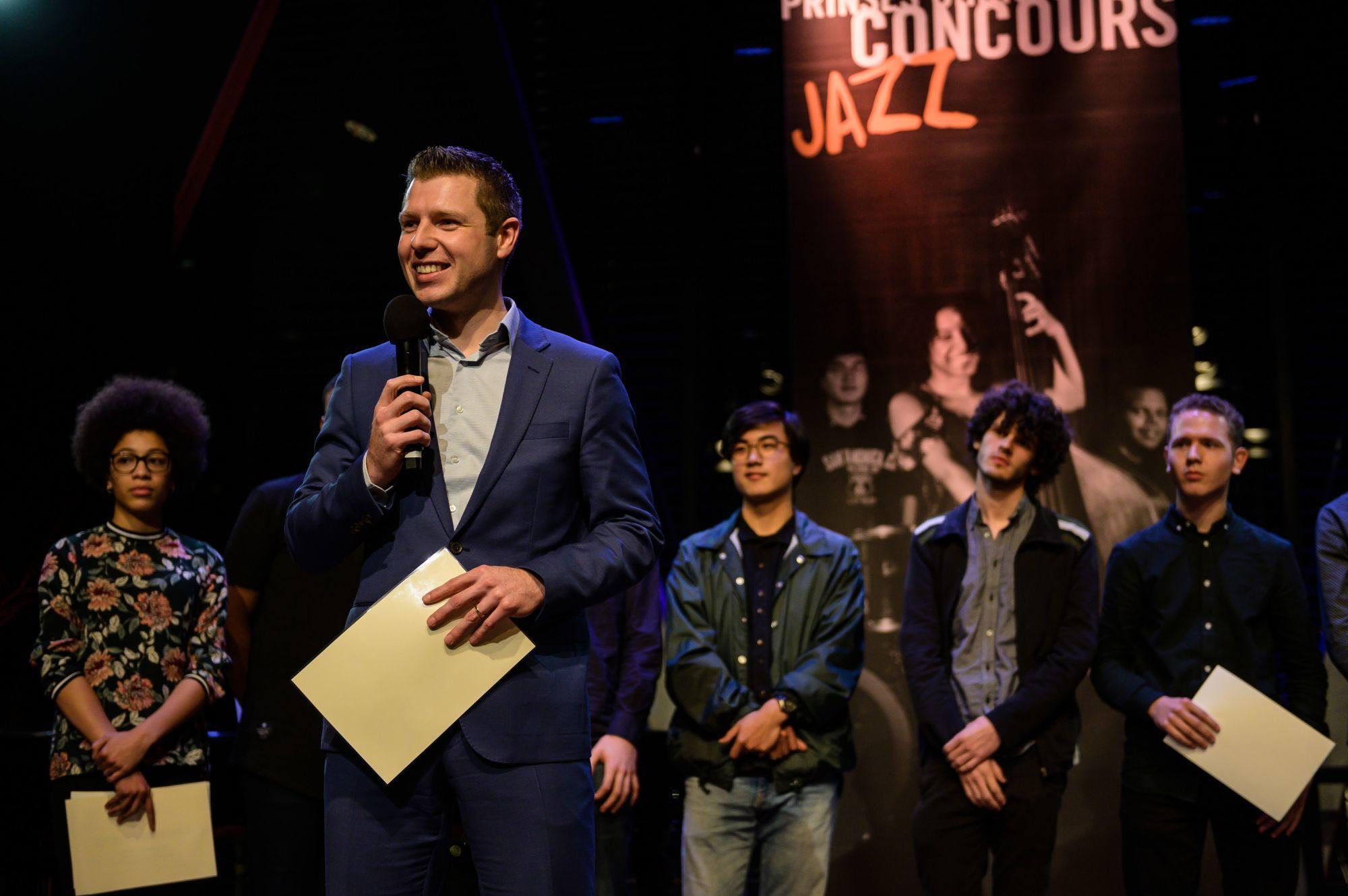 Alexander Buskermolen tijdens de uitreiking van de jazzprijs van het Prinses Christina Concours © Majanka Fotografie.